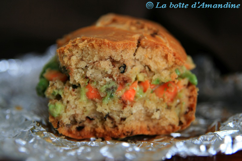 photo de Sandwich avocat carottes